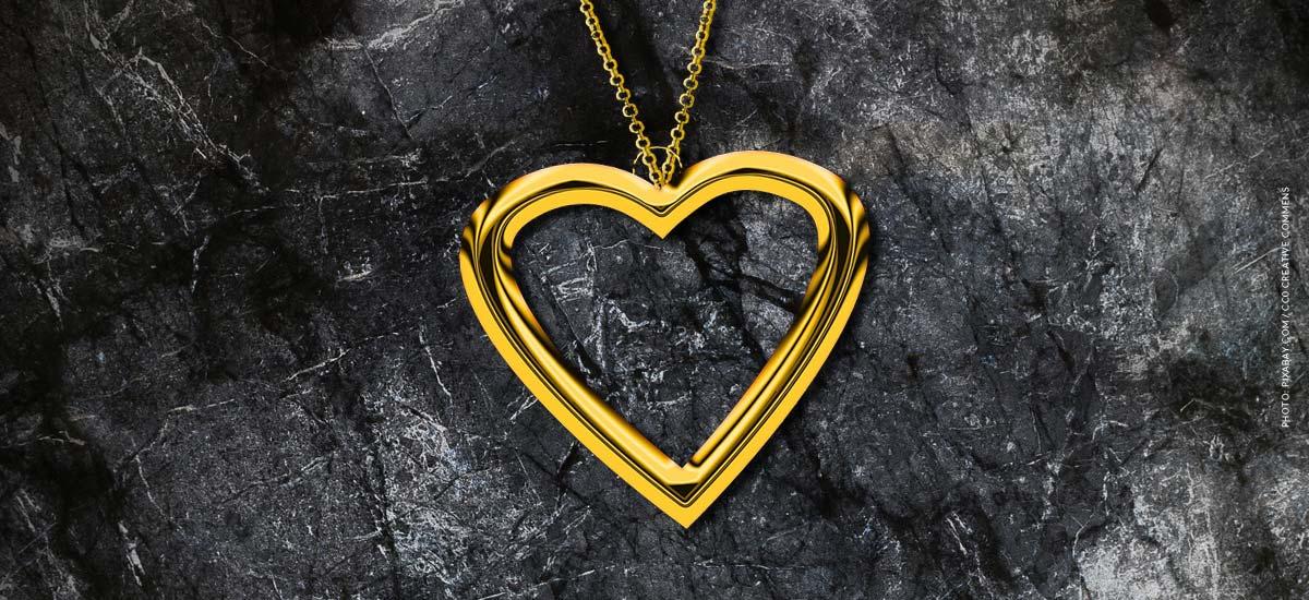 Bijoux de luxe : Chaînes & Co par Michael Kors, Swarovski, Gucci