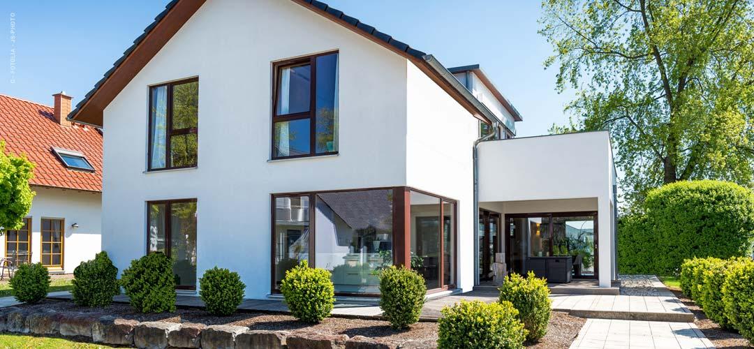 Méthodes de construction - maison préfabriquée, maison solide ou maison en rondins ?