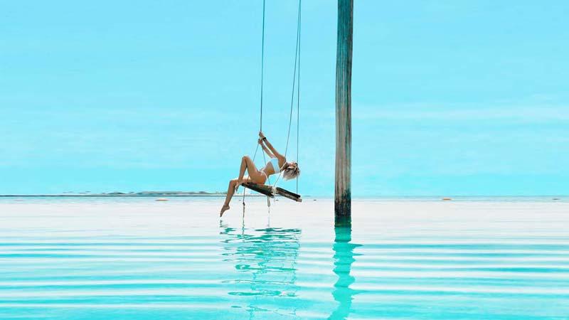 Influencer Awards & World Blogger - Naomi-Jane Adams sur les voyages, le luxe et le lifestyle
