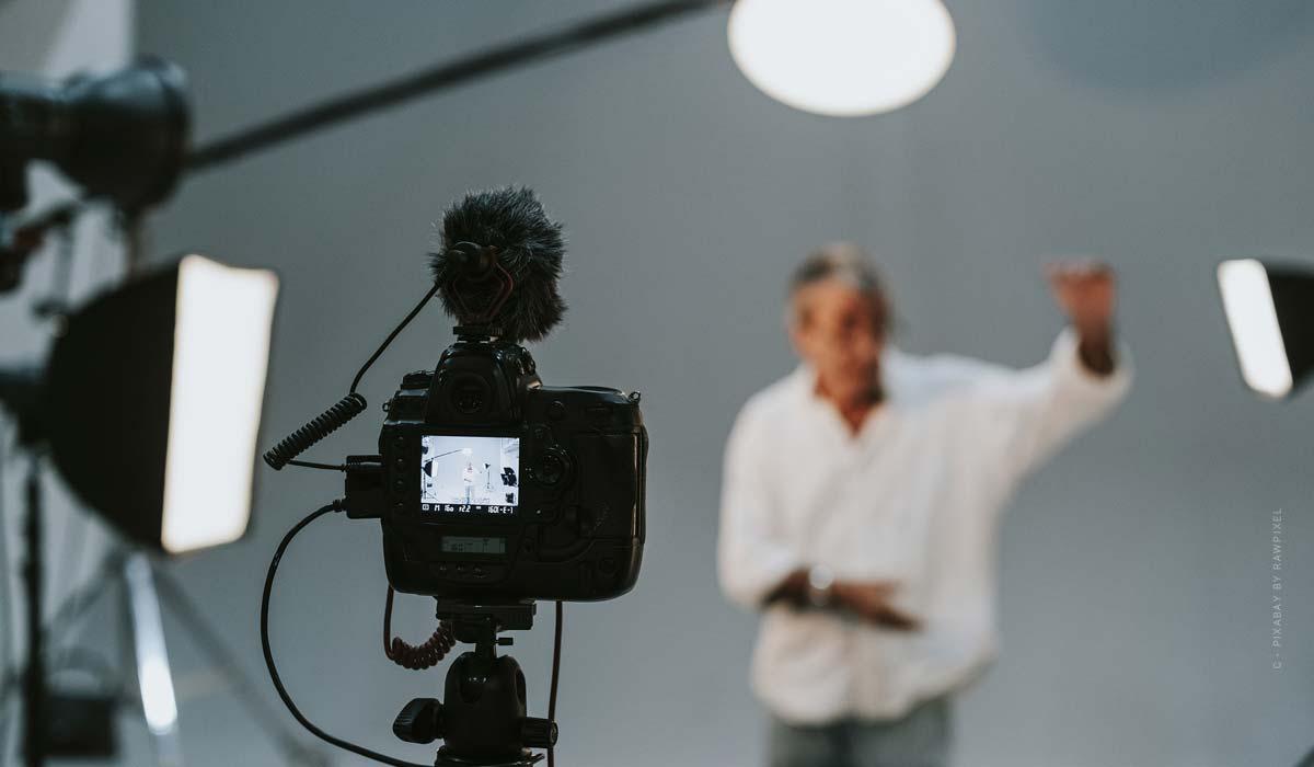 Studio photo Cologne - recommandations pour votre séance photo : portrait, mode, photographie de produits & Co.