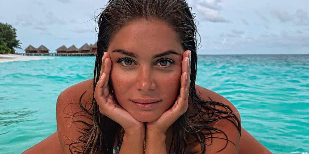 Angelina Lilienne : destinations de vacances, conseils de voyage et de beauté d'une influenceuse.