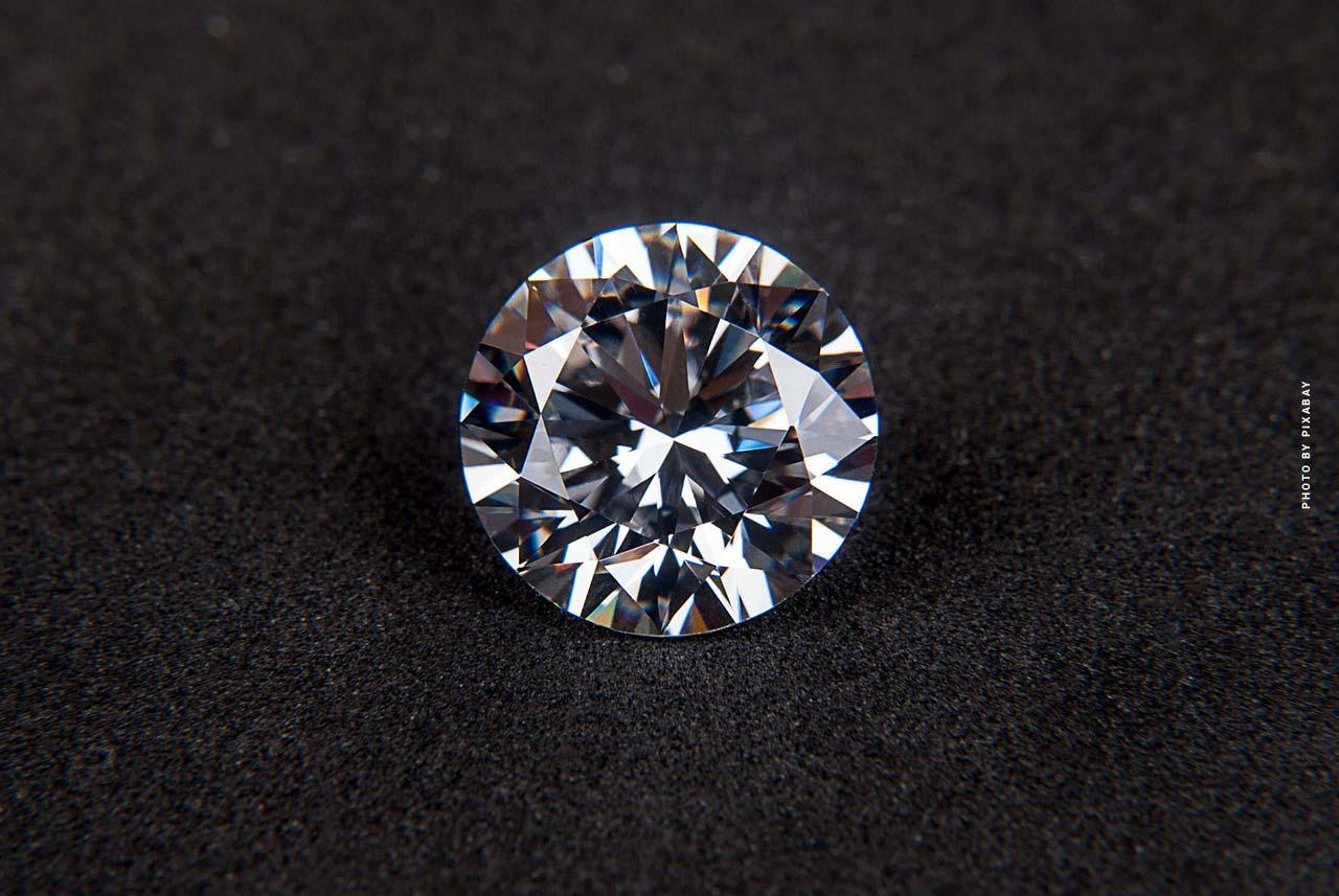 Diamants - Le & le plus cher ; les plus grosses pierres précieuses au monde - Top33