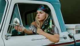 Le foulard, un accessoire à la mode