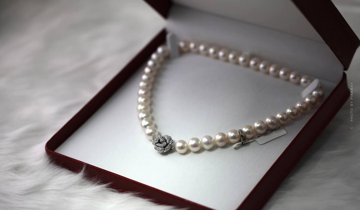 Vera Wang : Bagues, colliers et autres - Les plus grandes collections de bijoux
