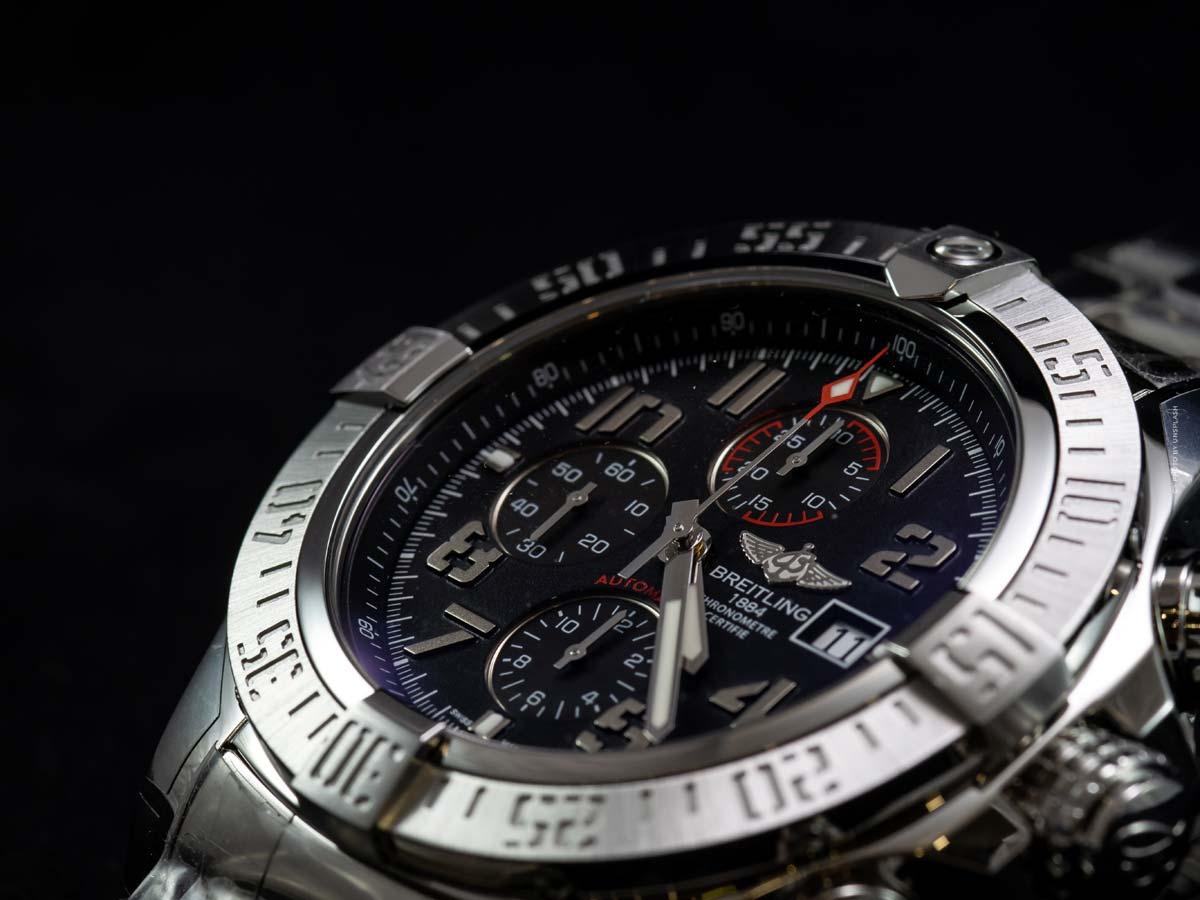 Breitling Chronomat : Modèles, prix des montres pour femmes et hommes