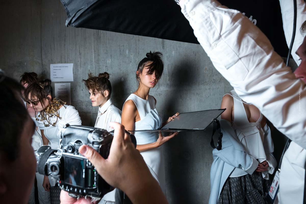 Céline : mode parisienne élégante, sacs, parfums et accessoires
