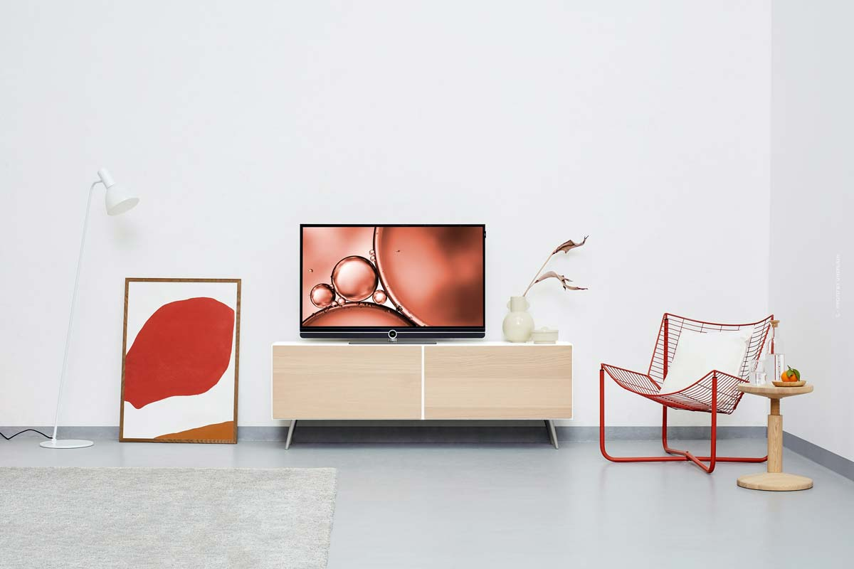 Kartell Interior : lampes, canapés, meubles et chaises colorés minimalistes d'Italie