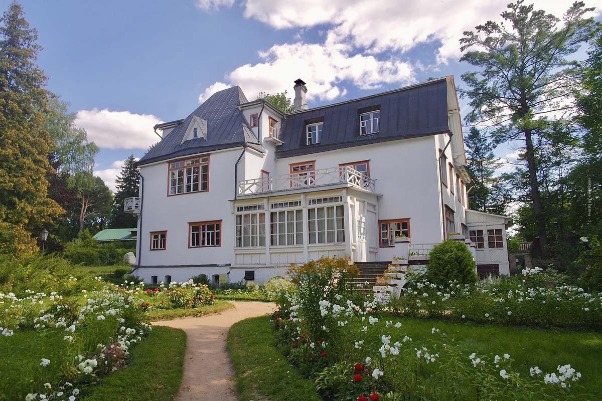 Maison solide : matériaux, coûts, durée et avantages de la construction de la maison de vos rêves