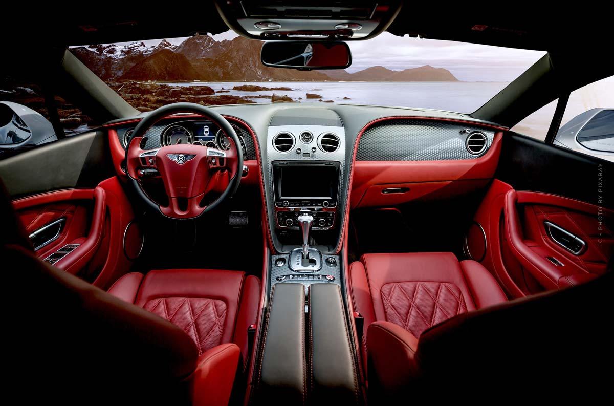 Bentley Home : canapés, fauteuils et autres meubles de luxe du célèbre constructeur automobile