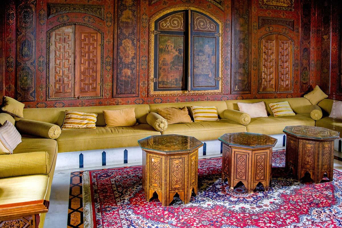 Mobilier oriental : Vivre comme dans 1001 Nuits - Meubles, coussins et décoration avec la touche orientale