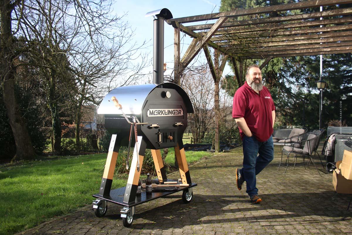 Gril et four en bois Merklinger : viande, pizza, pain et Made in Germany - Conseil du champion du monde des grils !