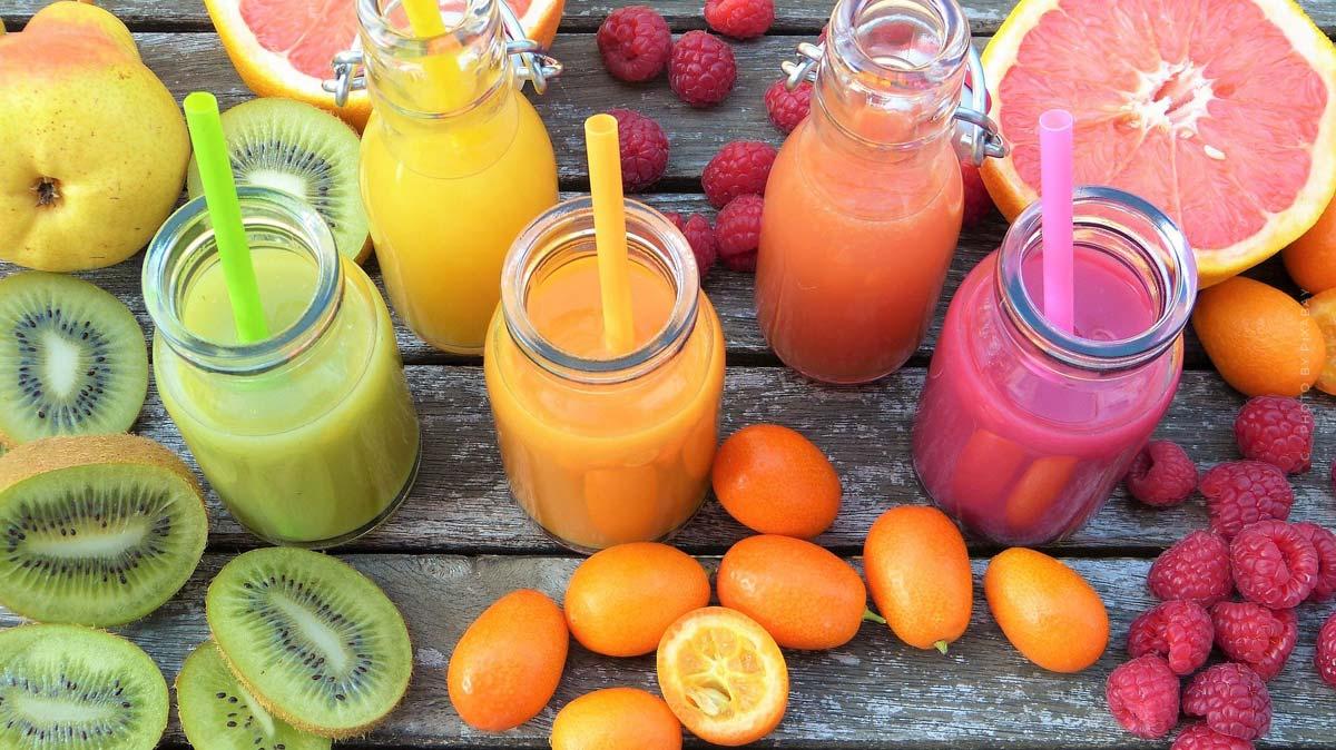 Smoothie : recettes, ingrédients, vitamines délicieuses - pomme, banane & co.